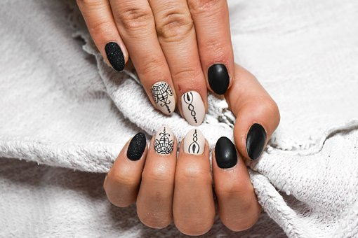 manicure paznokcie modne